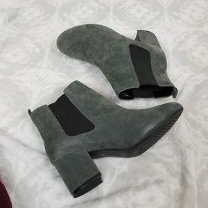 🆕️Aerosoles Block Heel Booties